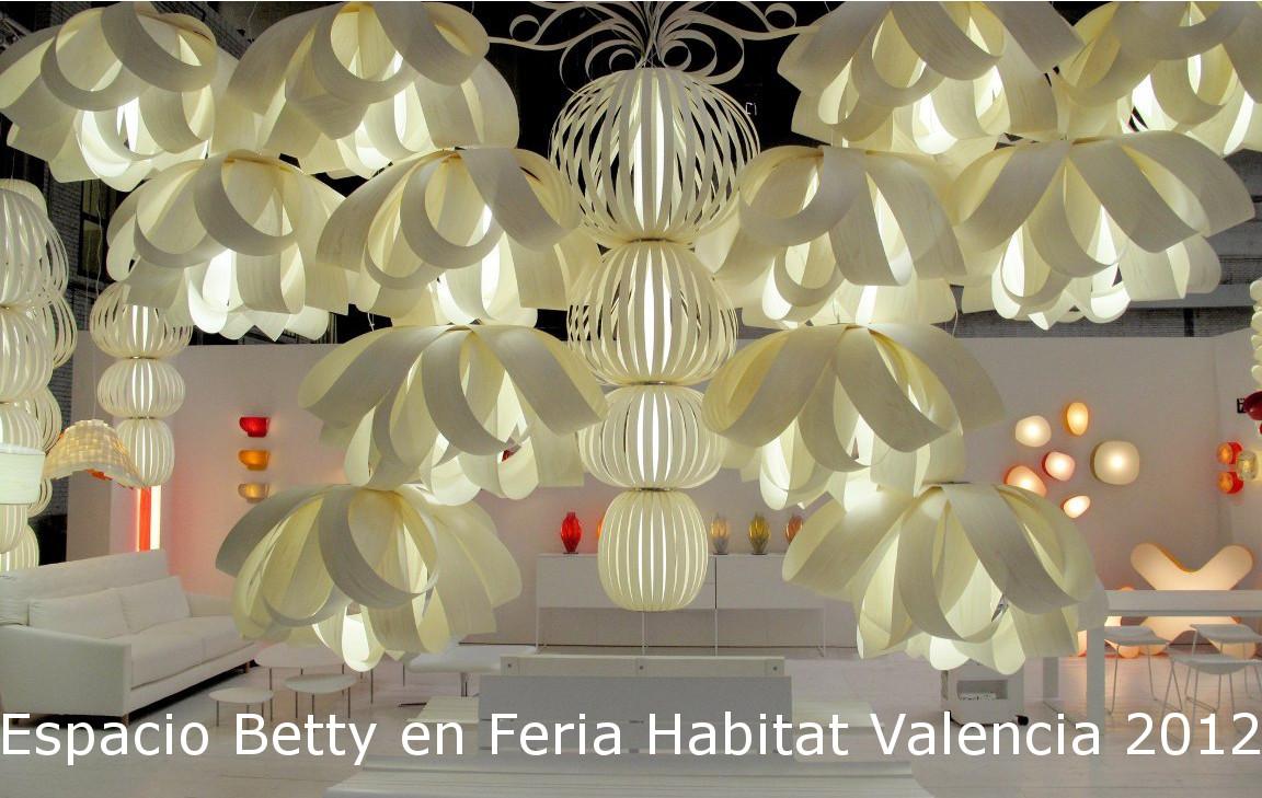 Mueble e iluminación de diseño en Habitat Valencia 2012