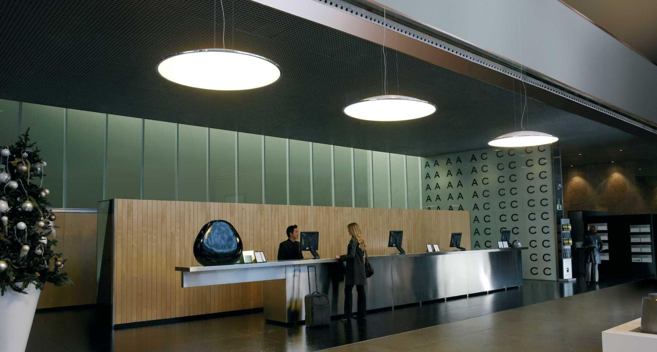 Recepciones modernas y de dise o en madrid espaciobetty for Programa de diseno de oficinas